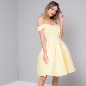 CHI CHI LONDON Amal Dress Yellow NWT